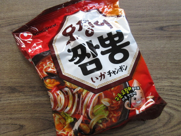 【農心】いかチャンポン(袋麺)_c0152767_18071108.jpg