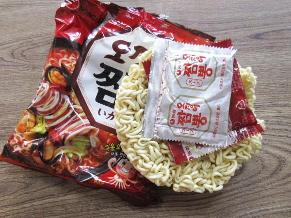 【農心】いかチャンポン(袋麺)_c0152767_18101489.jpg