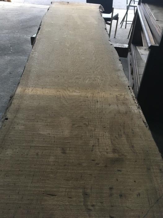 ピンホール入り板での食卓製作。_a0125305_13210421.jpeg