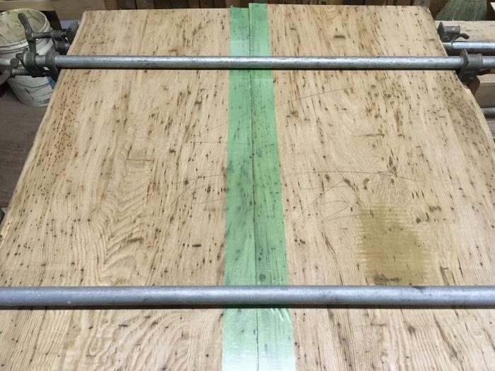 ピンホール入り板での食卓製作。_a0125305_13211693.jpeg