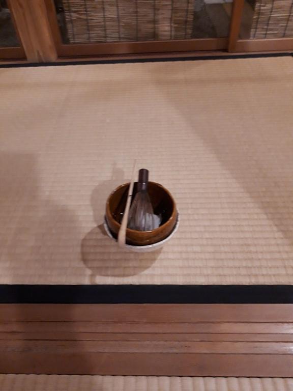 重ね茶碗の扱い 亭主_d0377709_18581938.jpg