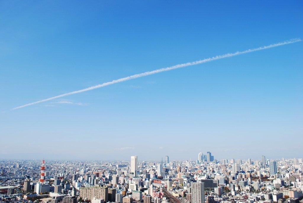 飛行機雲_d0144259_22200767.jpg