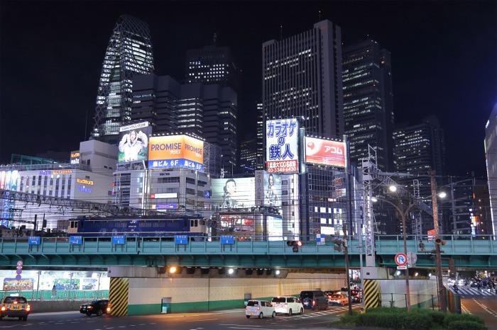 単8923 新宿大ガード_e0246082_23354237.jpg