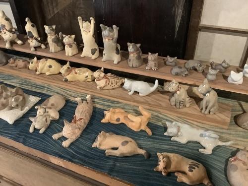 猫と干支の置物展、明日からです_d0336460_15013370.jpeg