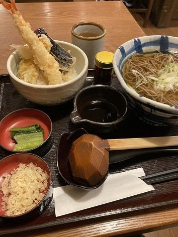 「そじ坊」の大海老天丼定食 @西宮北口_a0048918_06384542.jpg
