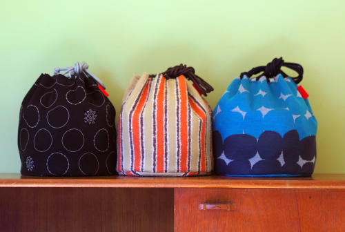 「kinchaku bag」いろんな素材で6タイプ_e0243765_22395367.jpg