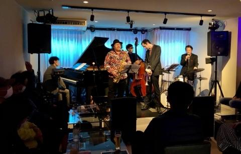 広島 Jazzlive Cominジャズライブカミン 来週11月23日祝日お昼のジャズライブ_b0115606_11031227.jpeg