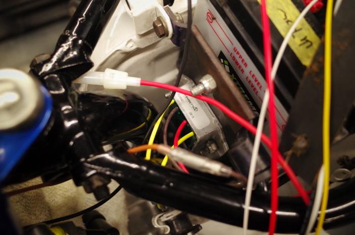 1963 TRIUMPH T120 配線引き直し作業完了、エンジン始動_a0248662_08105194.jpg