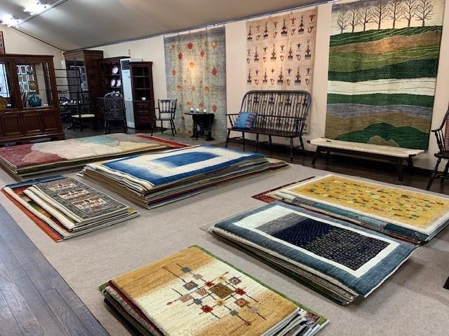 美しき絨毯展 本日から_e0155377_17240532.jpg
