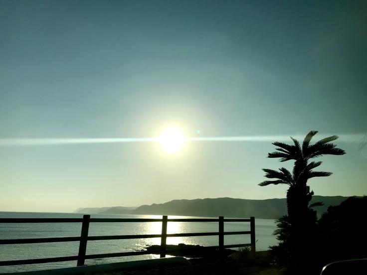 誰もいない海〜♪_c0212604_17110661.jpeg