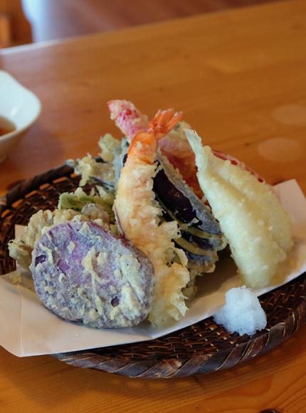 山田温泉のライダーハウス_f0179404_18030393.jpg