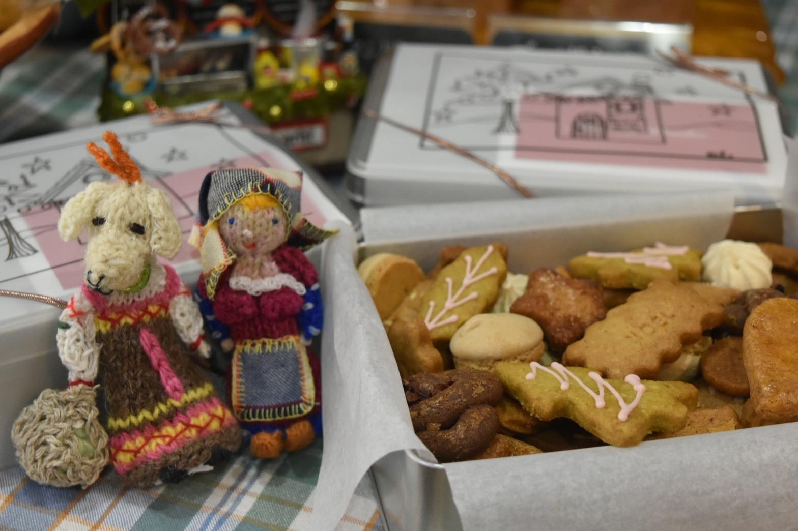 ブレデレクッキー缶発売開始‼_d0154707_11060558.jpg