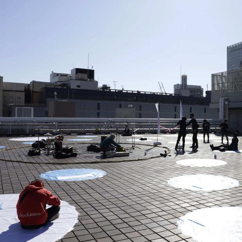 『呼吸する屋上』は観客も出演者も全員ステージの上_c0060143_18490670.jpg