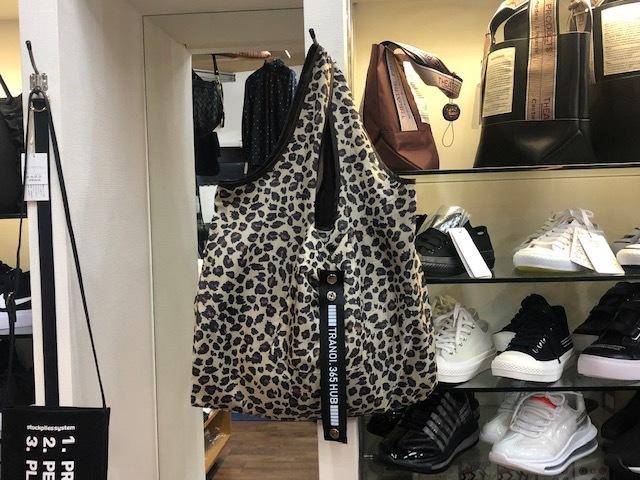 トラノイ / TRANOI.  TRANOI. shopping bag_e0076692_18092867.jpg