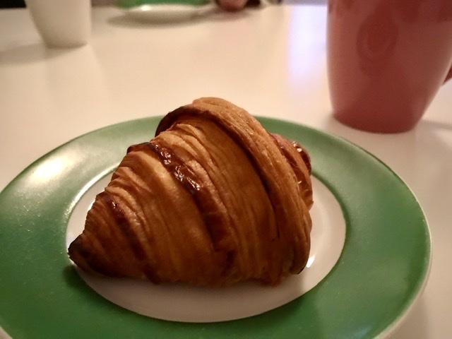 クロワッサン Croissant_b0403234_00151962.jpeg