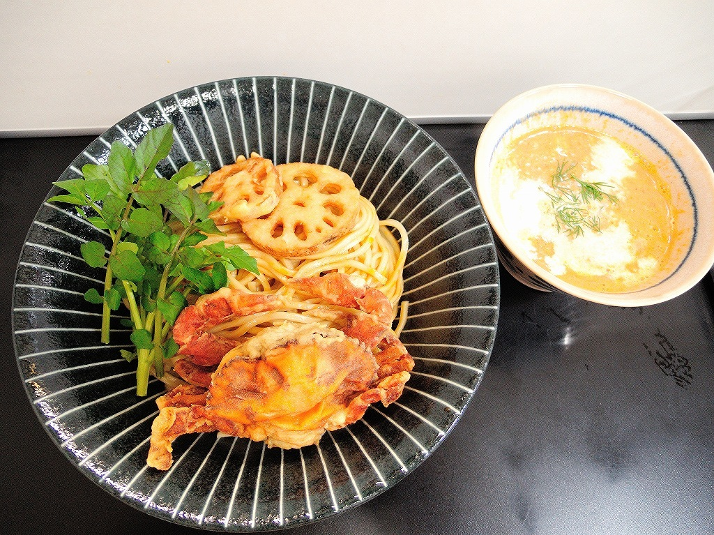 自家製麺 SHIN(新)@反町_c0395834_22061419.jpg