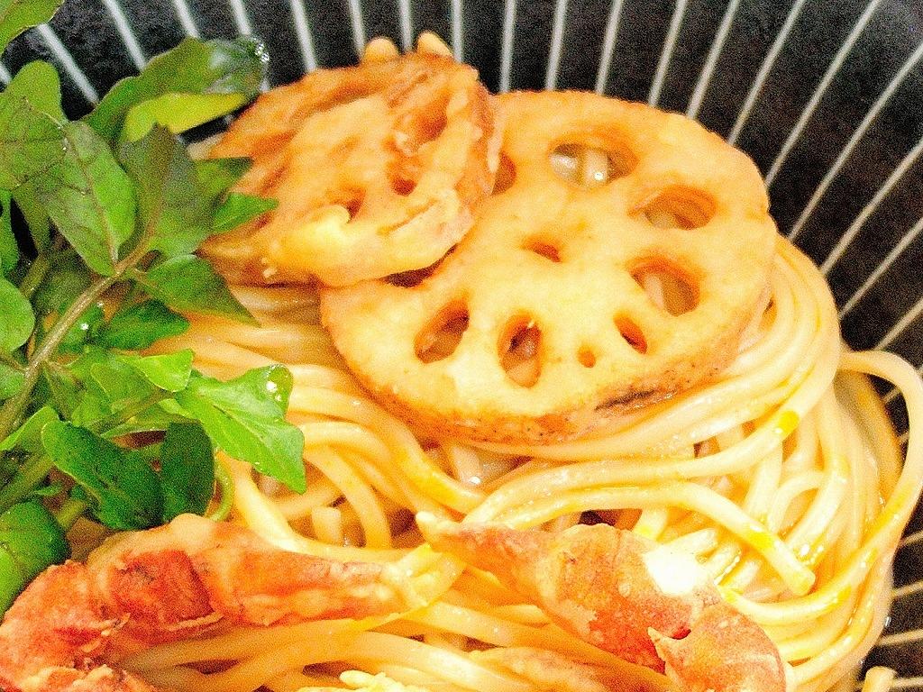 自家製麺 SHIN(新)@反町_c0395834_22083684.jpg