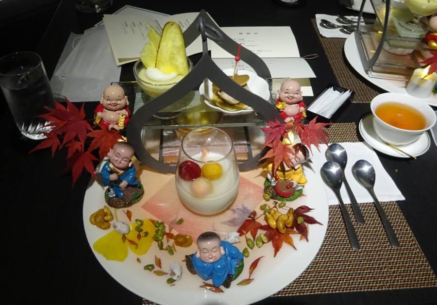 ホテルの中国料理店で夕食_f0059673_21100224.jpg