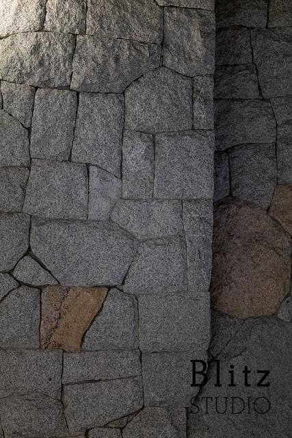 福岡市・天神地下街の石積み02_f0222331_19111292.jpg