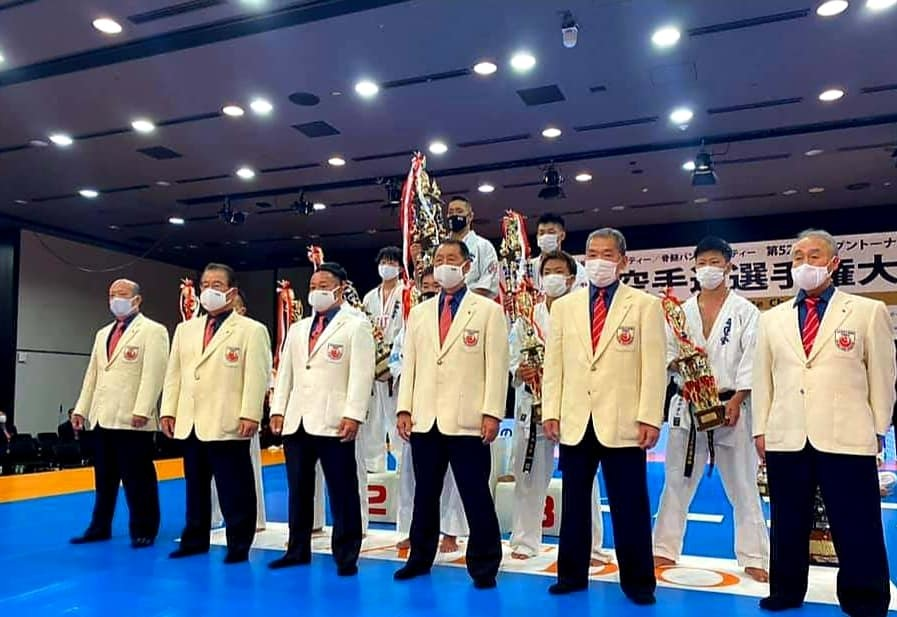 「第52回オープントーナメント全日本空手道選手権大会」(史上初の無観客大会)すべて無事に終了出来ました。_c0186691_18252729.jpg