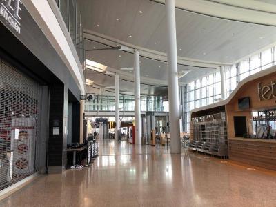 トロント空港から成田空港へ_c0353373_09132019.jpg