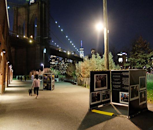 """ブルックリンのDumbo地区で野外写真展、""""Photoville""""(本日最終日)_b0007805_05191395.jpg"""