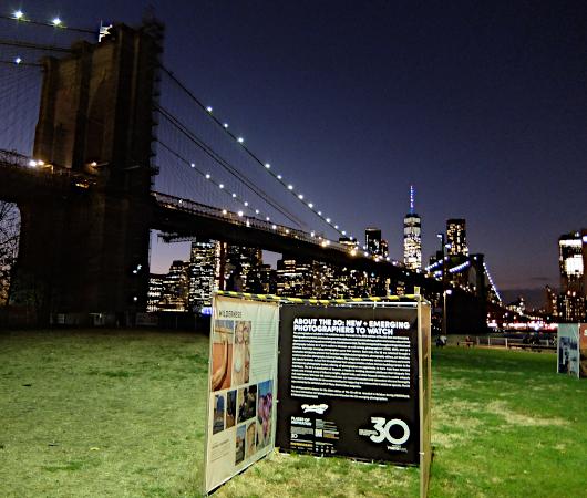 """ブルックリンのDumbo地区で野外写真展、""""Photoville""""(本日最終日)_b0007805_05192316.jpg"""
