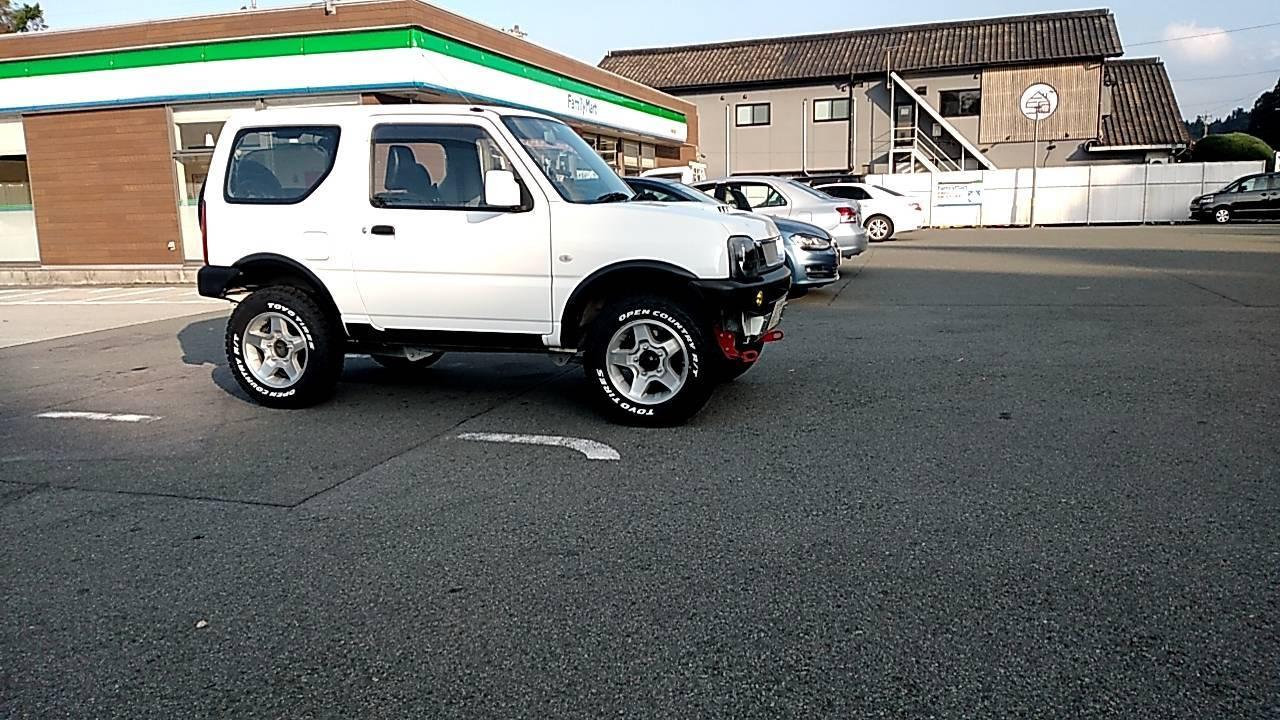 ジムニー JB23  タイヤ 純正サイズ (175/80-R16)から 変えました!_a0330739_09135059.jpg