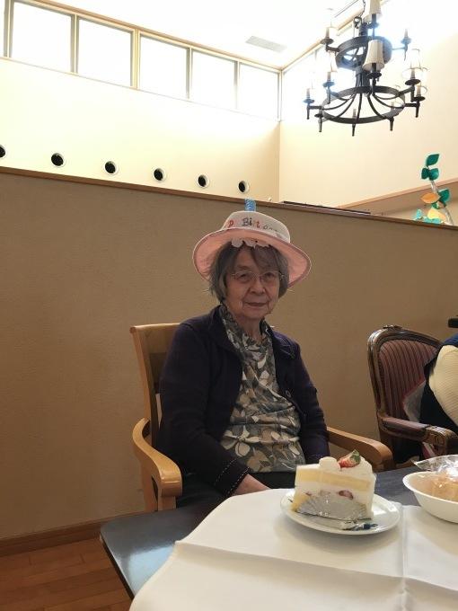 100歳の誕生日会!_e0163042_17065493.jpg