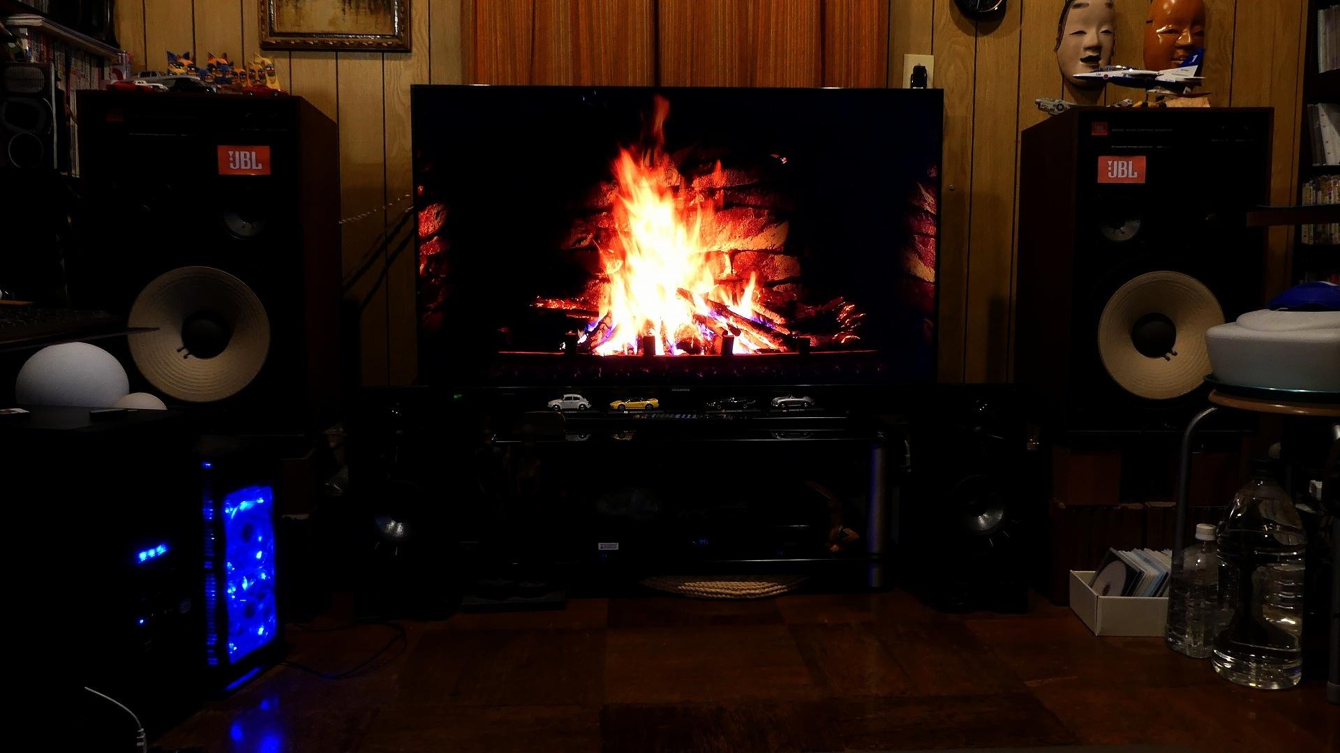 バーチャル暖炉_a0185081_09581448.jpg