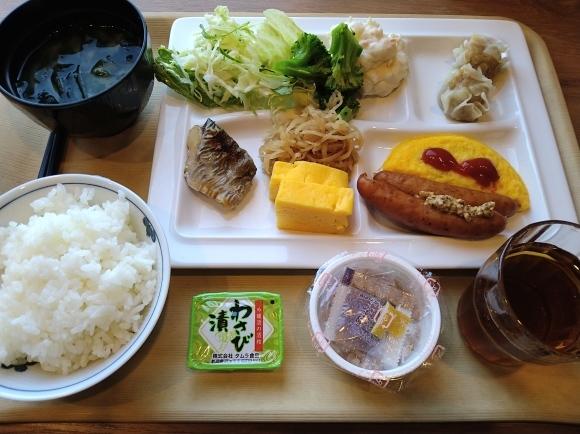11/22 朝食バイキング@ルートインホテル新富士南 & 富士製パン ようかんパン_b0042308_23370153.jpg