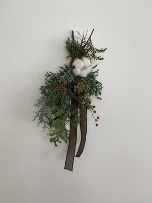 Un Jour wreath & swag_b0241386_10455401.jpg