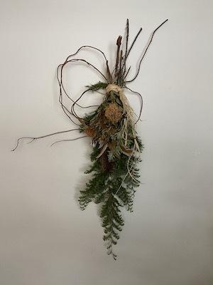 Un Jour wreath & swag_b0241386_10462369.jpg