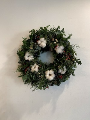 Un Jour wreath & swag_b0241386_10462656.jpg
