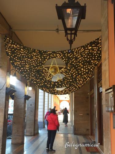 街も少しずつクリスマス仕様に.._b0338818_21542542.jpeg
