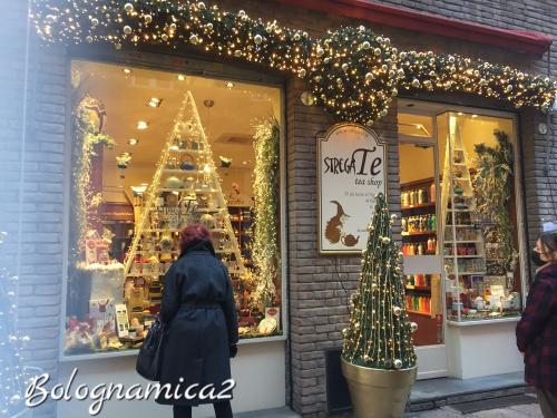 街も少しずつクリスマス仕様に.._b0338818_21563999.jpeg