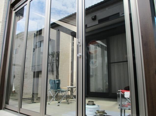リ・ガーデン!テラス囲いでステキな家族団らん。太田市にステキに完成!_e0361918_15514576.jpg
