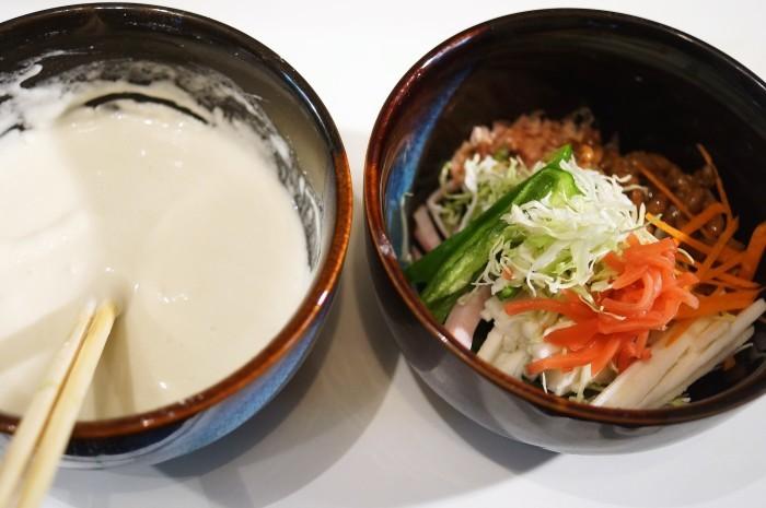 ■晩ご飯【長芋・納豆・卵入りお好み焼き】_b0033423_23160274.jpg