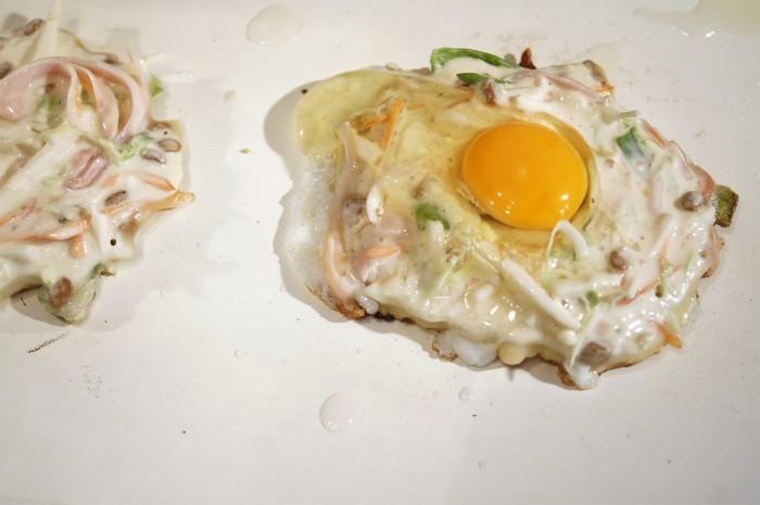 ■晩ご飯【長芋・納豆・卵入りお好み焼き】_b0033423_23251635.jpg