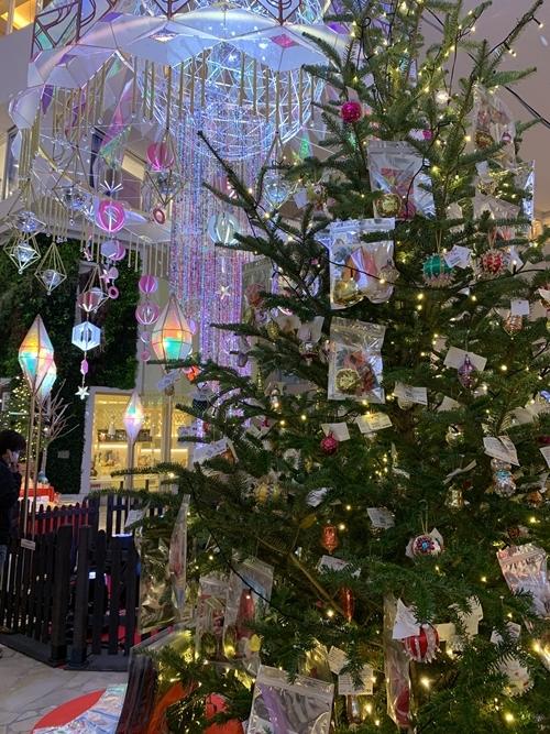 梅田のクリスマスシーン♪ 阪急クリスマスマーケット_e0237680_08353149.jpg