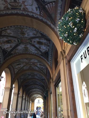 街も少しずつクリスマス仕様に.._b0338818_00582366.jpeg