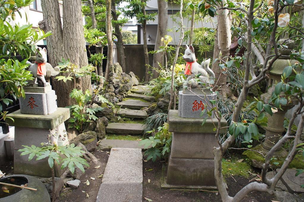【FOX】キツネの江戸と東京、不思議と信心と消滅とさわり【FOX】_b0116271_11490402.jpg