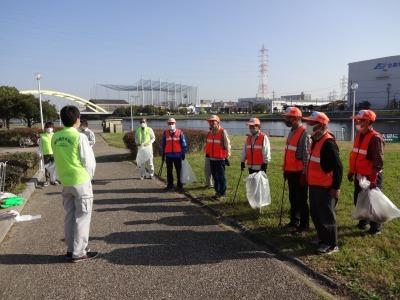 「港の緑を大切に」中川口緑地 環境美化運動の様子R2.10.29_d0338682_23235192.jpg