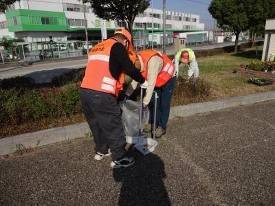 「港の緑を大切に」中川口緑地 環境美化運動の様子R2.10.29_d0338682_23261188.jpg