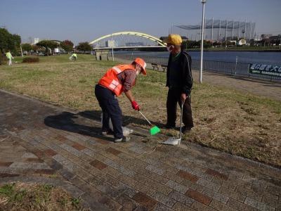 「港の緑を大切に」中川口緑地 環境美化運動の様子R2.10.29_d0338682_23265775.jpg