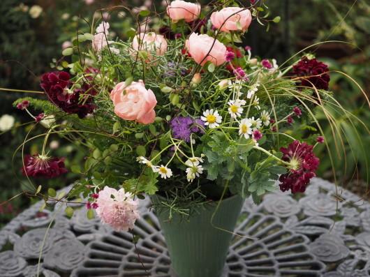 フラワーデザイン ロマンチックな花束_d0281783_09411075.jpg