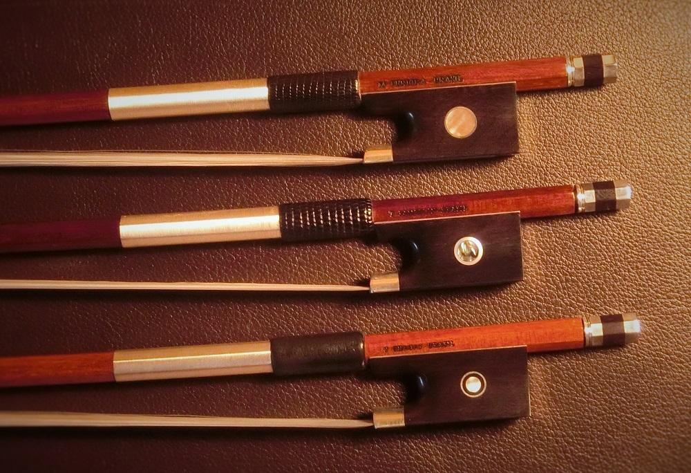 バイオリンの弓入荷しました!_d0299605_12475677.jpg