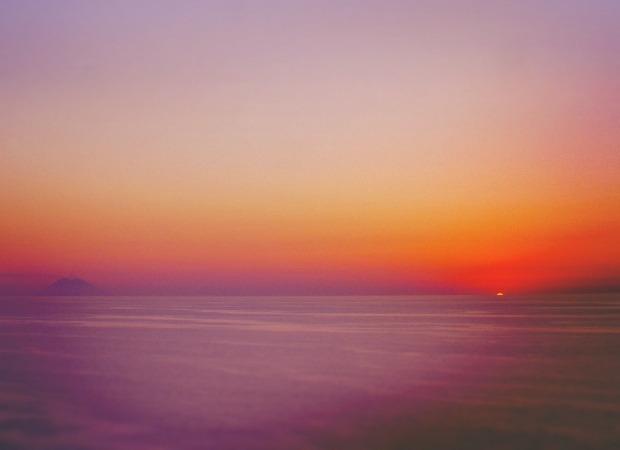 トロペーア3. 真っ赤な玉ねぎと真っ赤な夕陽の贈り物_f0205783_12174159.jpg