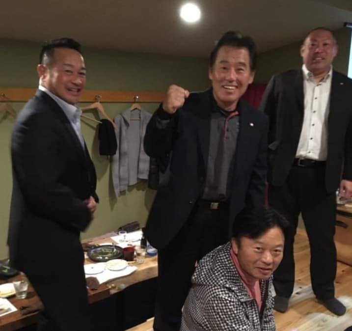 晩酌仲間が、四国大会を応援してくれる徳ちゃんの店「羅漢」に集結。_c0186691_12572611.jpg