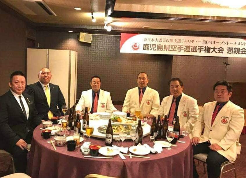 晩酌仲間が、四国大会を応援してくれる徳ちゃんの店「羅漢」に集結。_c0186691_12584613.jpg